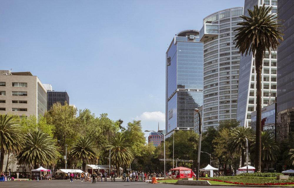 Mexico City Sunday Bike Ride - Paseo de la Reforma