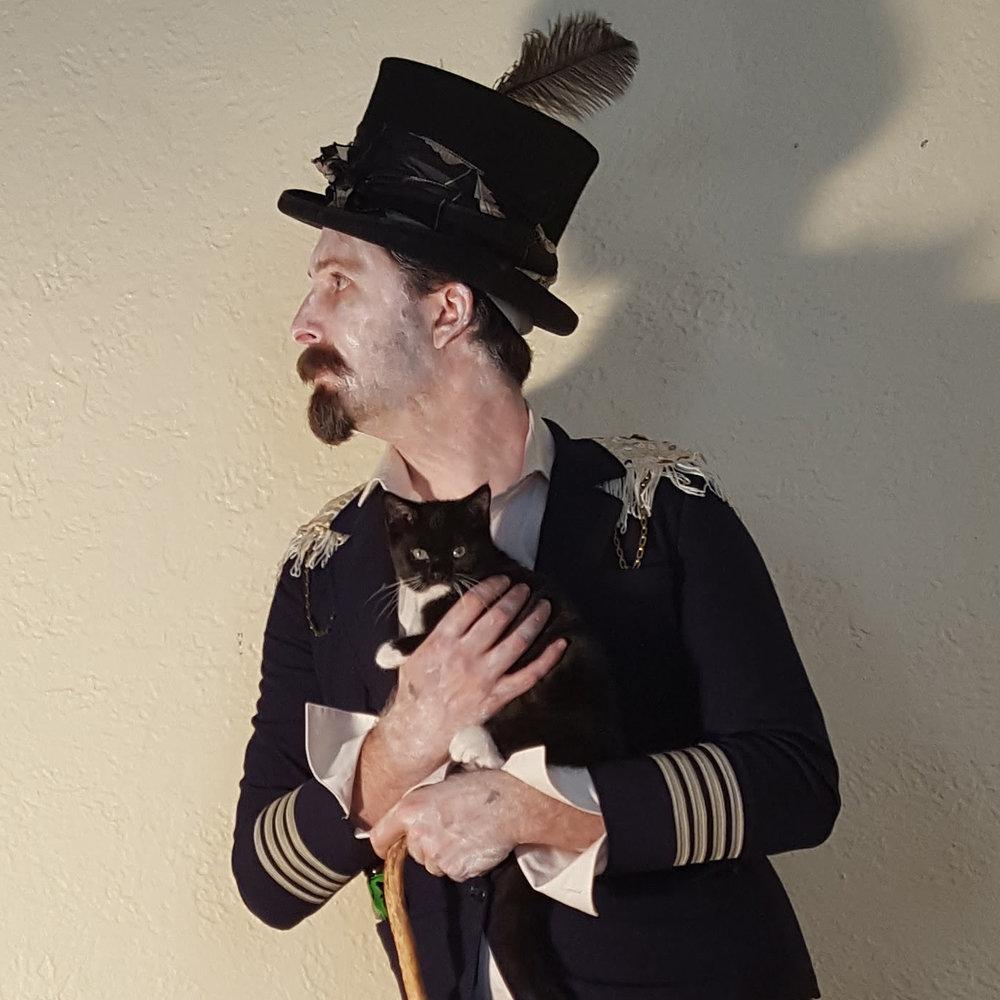 Outtake #5 (w/ kitten) - Sugar Man photoshoot; Photo by Vahge (www.vahge.com)