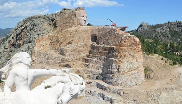 sd-crazy-horse-model-monument__chmkorczak_700.jpg