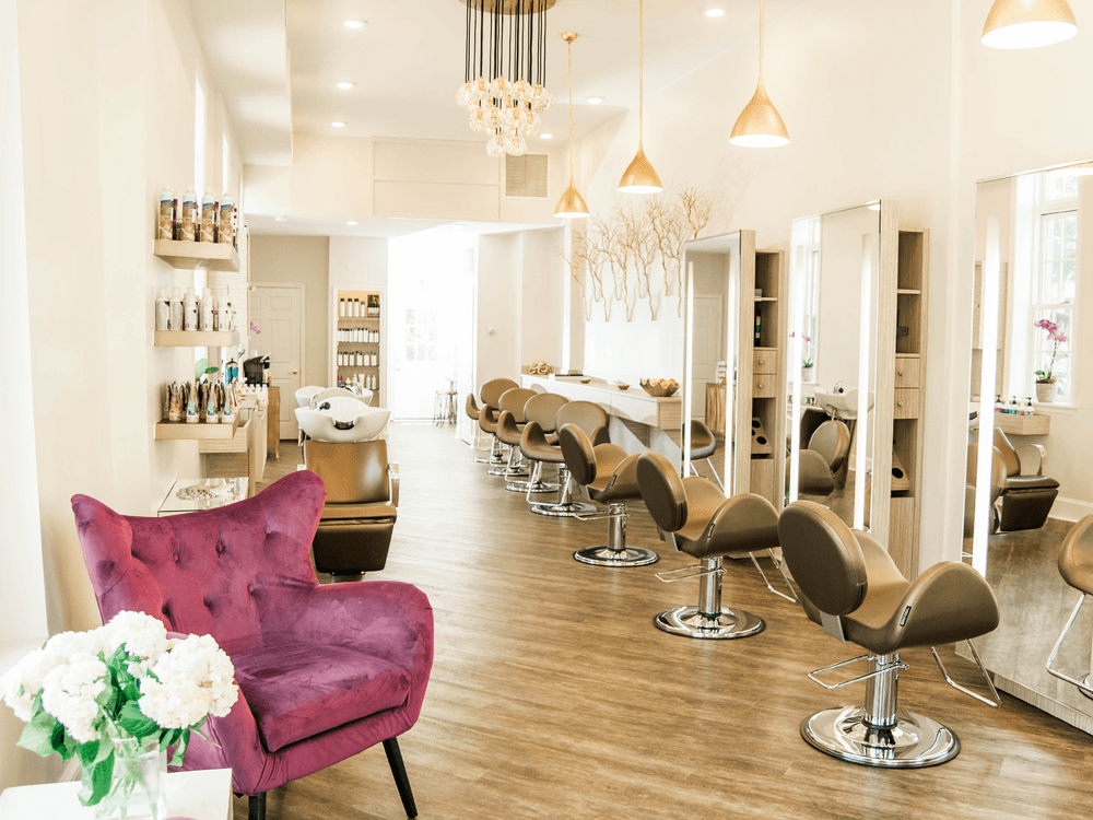 Salon - Inside