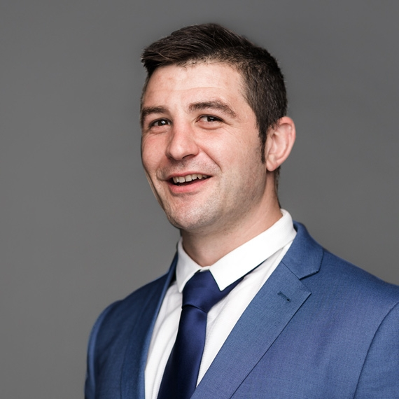Peter Montagna  LLB, BA Solicitor  PH: 09 622 2222  peterm@doglaw.co.nz