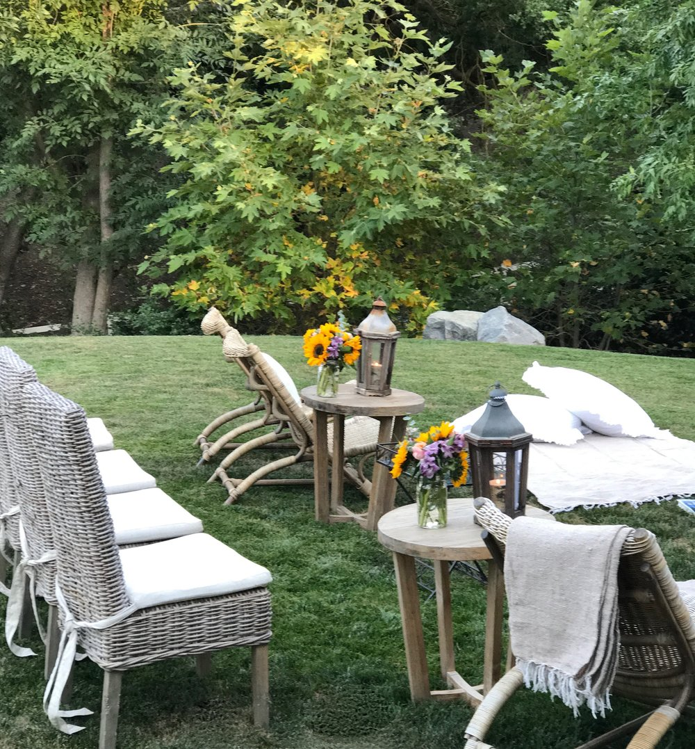 an easy backyard movie night u2014 sanctuary home