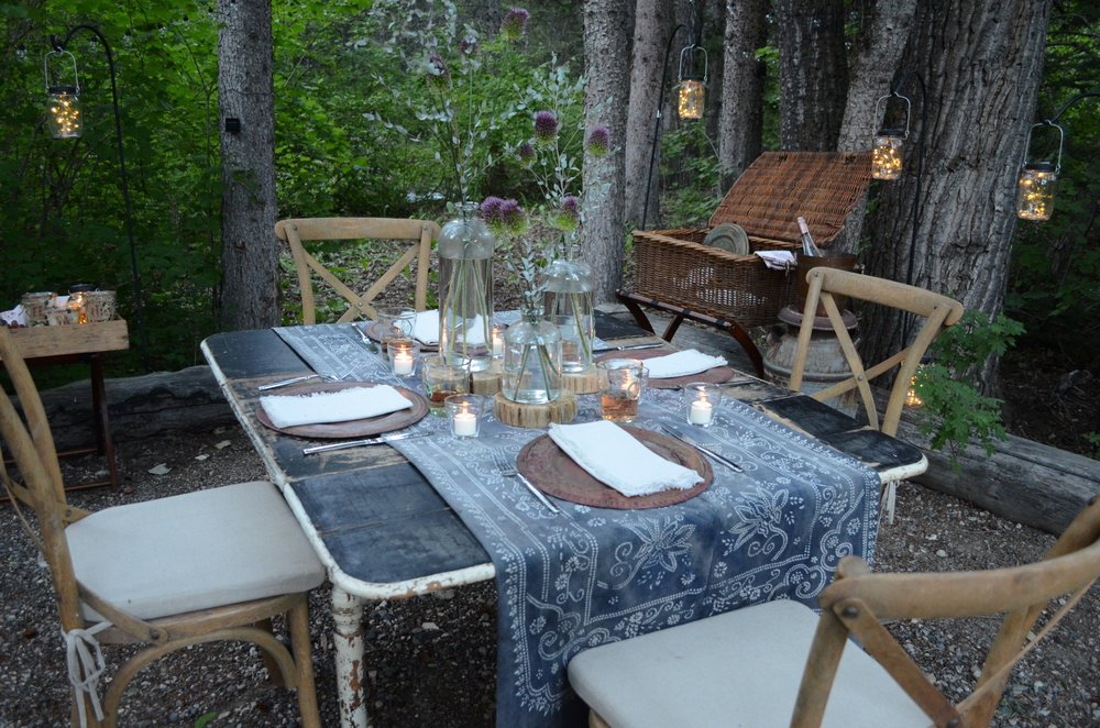 I Love Having A Meal In A Magical Outdoor Setting Whether It Is On A Picnic  Blanket In A Grassy Meadow Or A Picnic Table Beside A Creek, There Is  Something ...