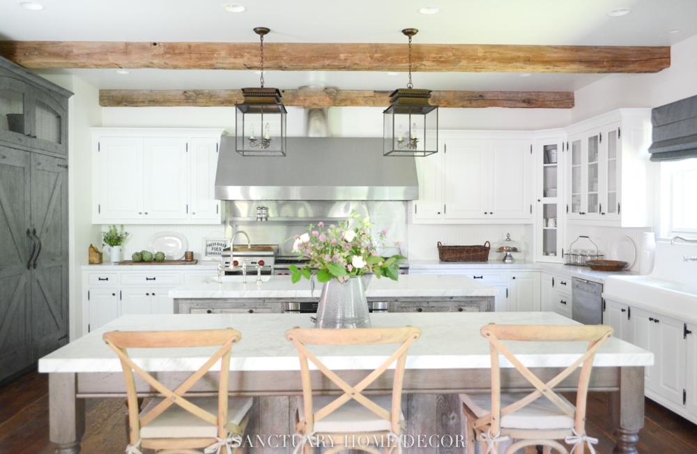 Farmhouse Kitchen With Beams 7