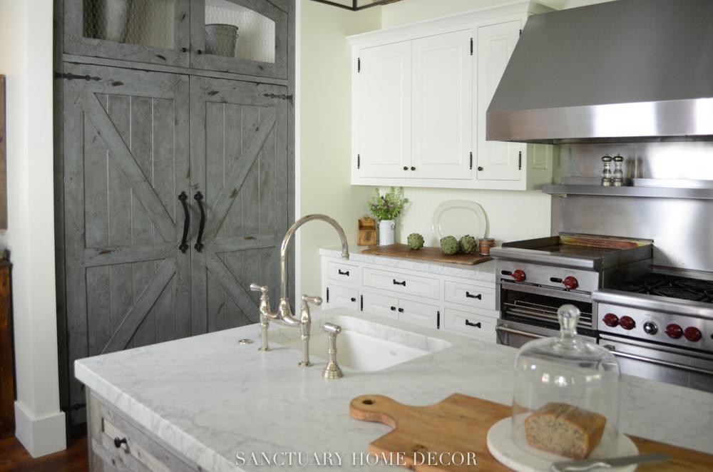 Farmhouse-Kitchen-10.jpg