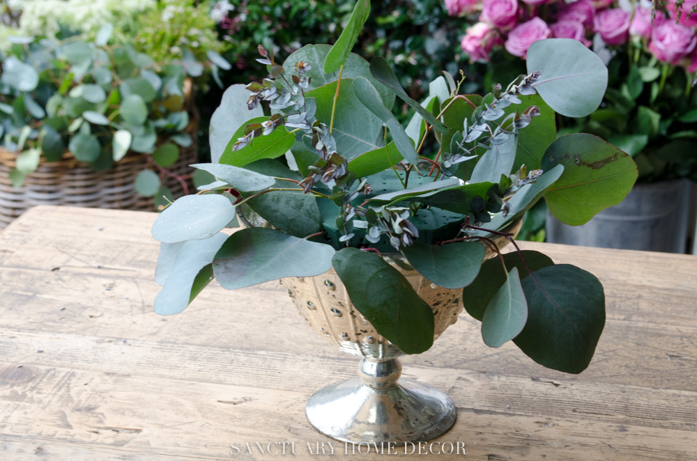 How-to-make-a-flower-centerpiece