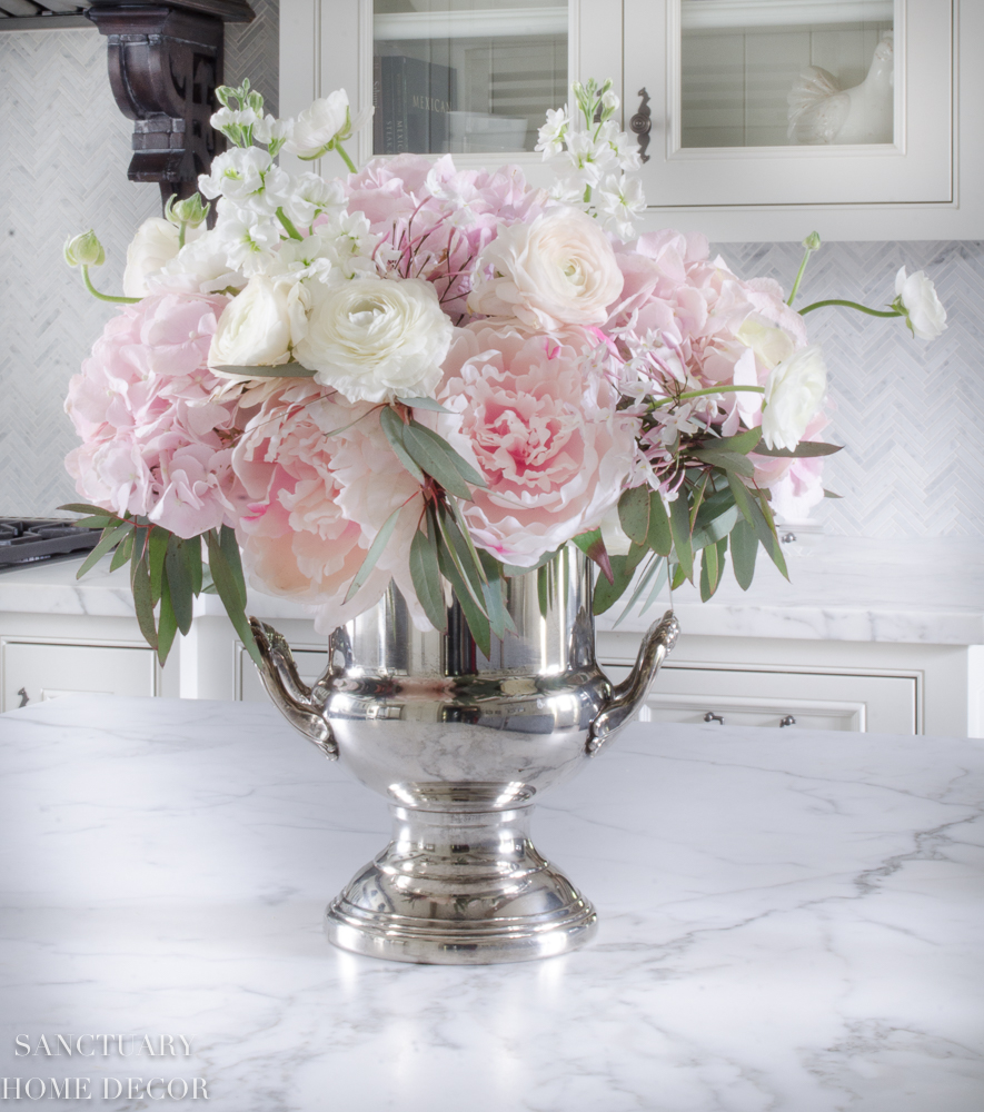 How To Mix Fresh And Faux Flowers In An Arrangement Sanctuary Home