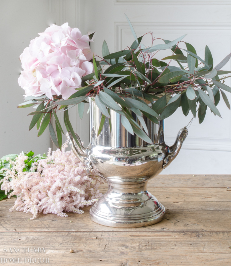 Fresh-and-faux-flower-arrangement-hydrangea-peonies-8.jpg