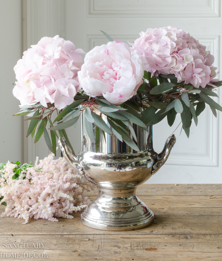 Fresh-and-faux-flower-arrangement-hydrangea-peonies-12.jpg