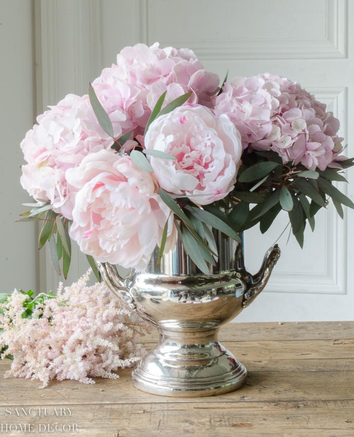 Fresh-and-faux-flower-arrangement-hydrangea-peonies-14.jpg