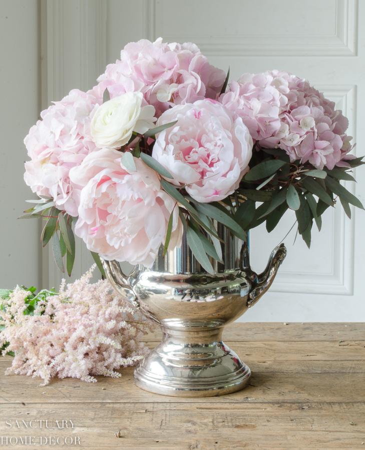 Fresh-and-faux-flower-arrangement-hydrangea-peonies-15.jpg