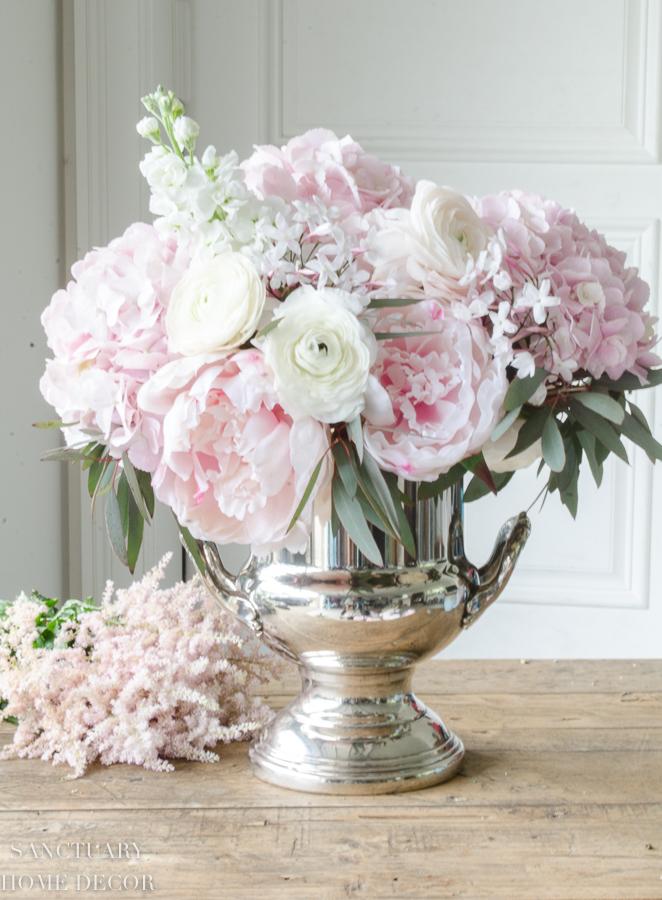 Fresh-and-faux-flower-arrangement-hydrangea-peonies-18.jpg