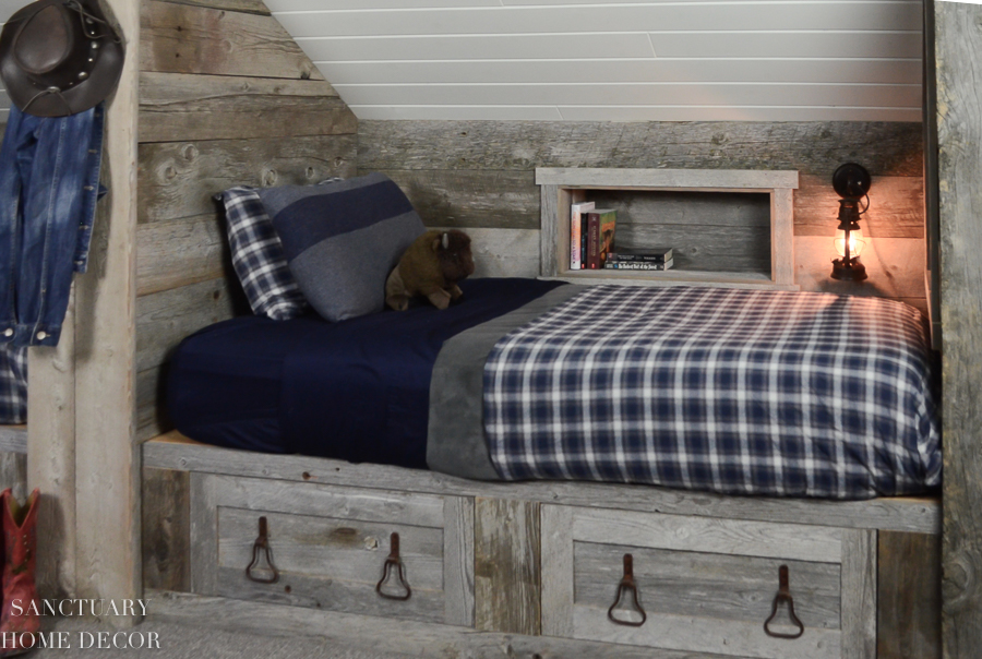 Attic-Bunk-Room-Reclaimed-Wood