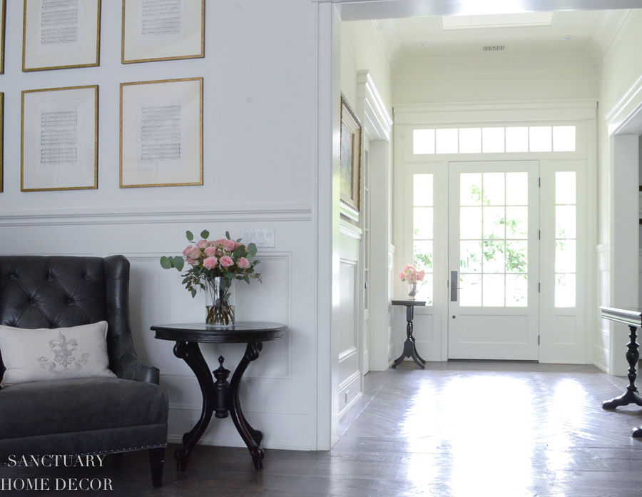 All-White-Entry-Gallery Wall