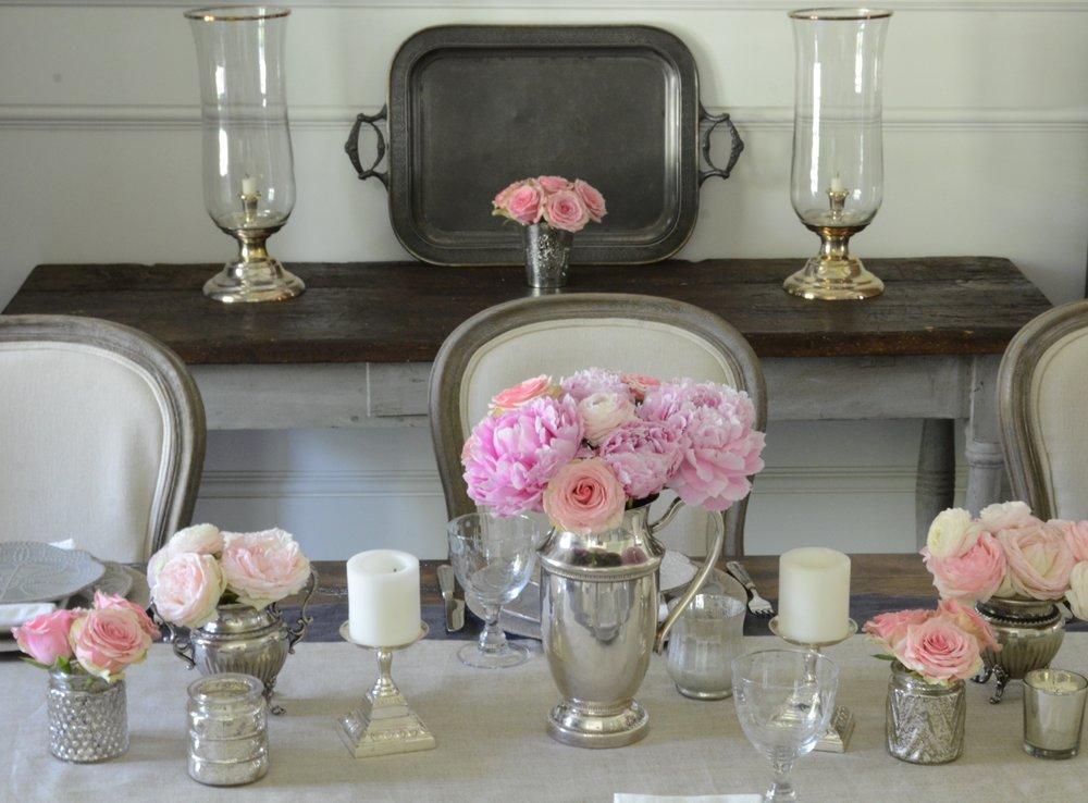 Rustic-Romantic-Dining-Room