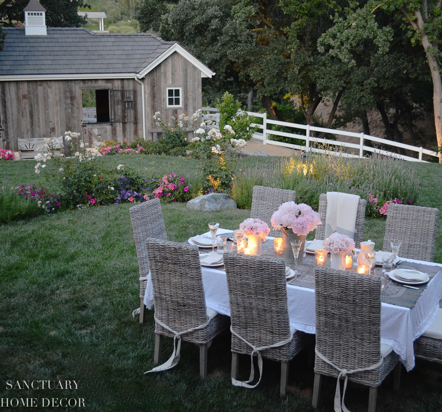Rustic-Romantic-Outdoor-Party