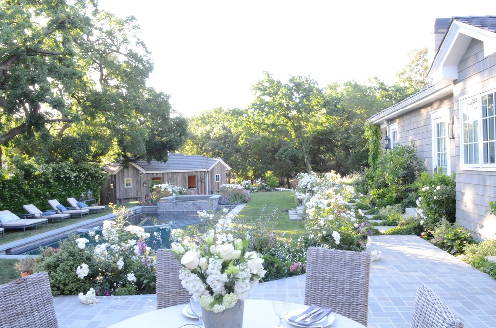 English-garden-back-yard