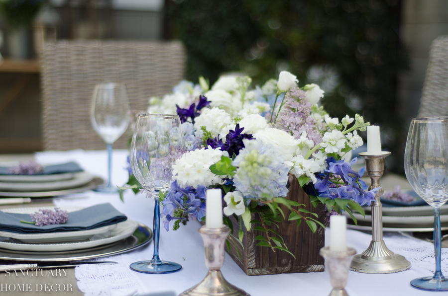 Rustic-Centerpiece-purple-flowers-Outdoor-Party-7.jpg