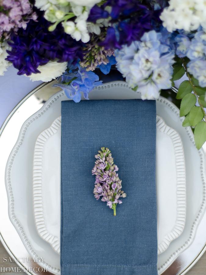 Rustic-Centerpiece-purple-flowers-Outdoor-Party-12.jpg