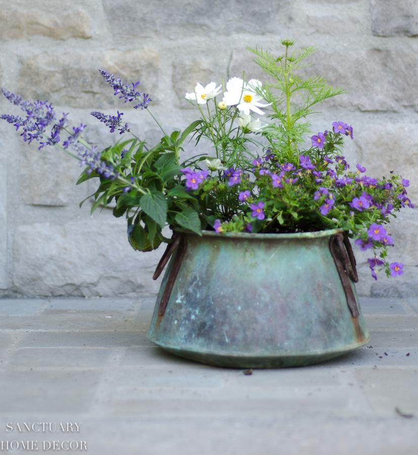 container-garden-design-18.jpg