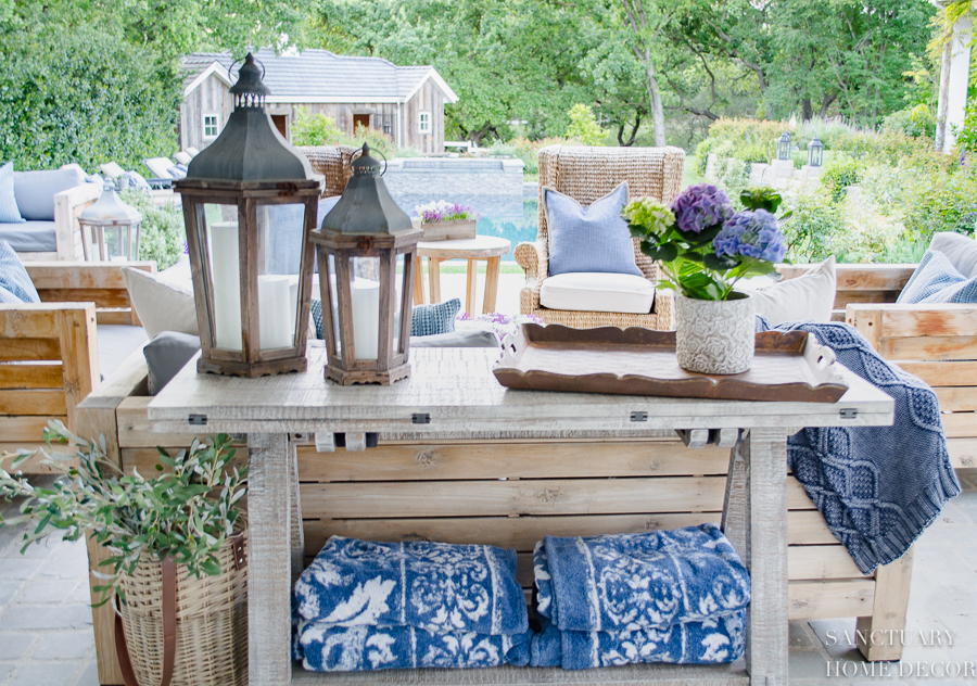 Easy-Decorating-Ideas-For-Patio-10.jpg