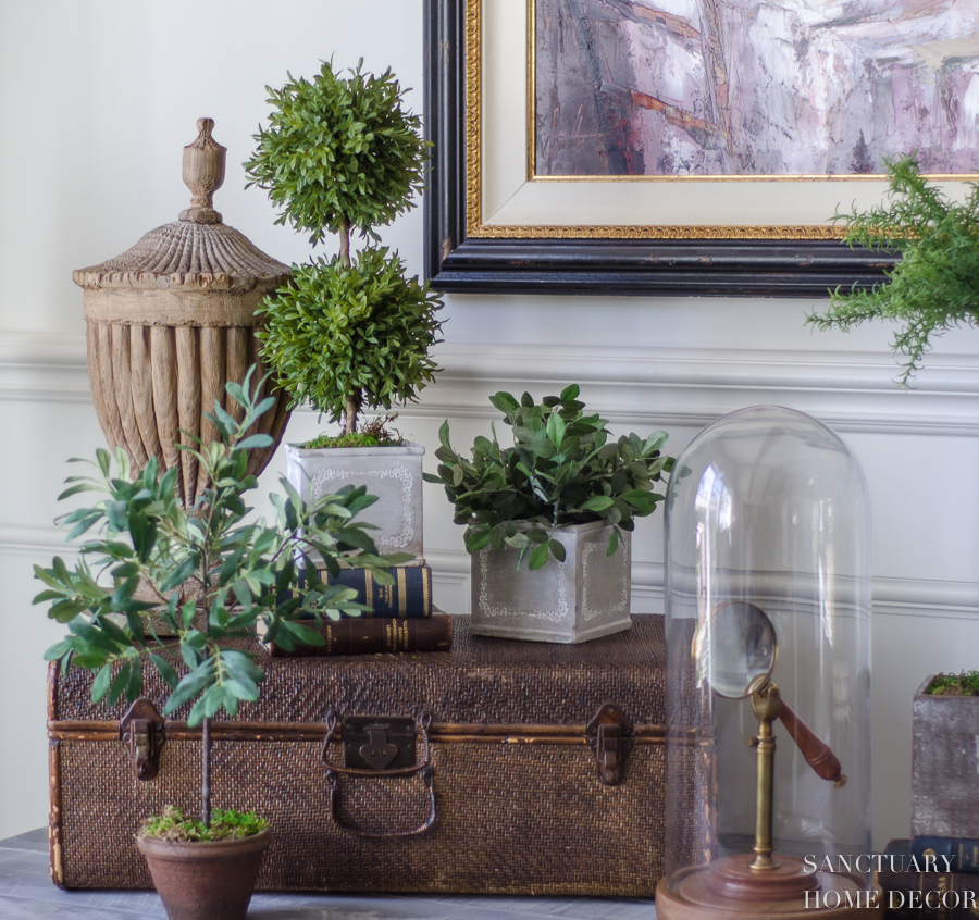 How-To-Decorate-An-Accent-Table-9.jpg