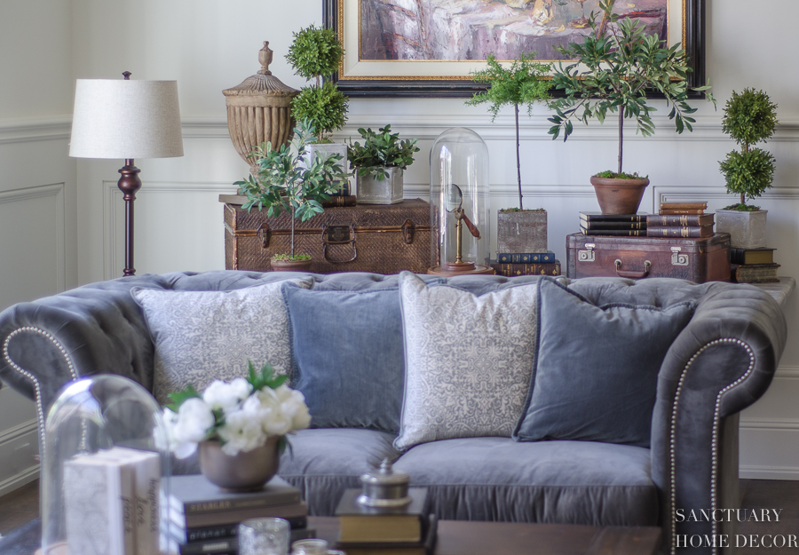 3 Easy Steps Decorate an Accent Table With Topiaries