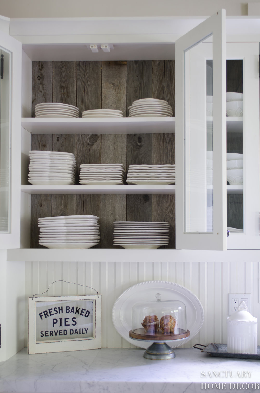 Best-White-Dishes-Country-Kitchen