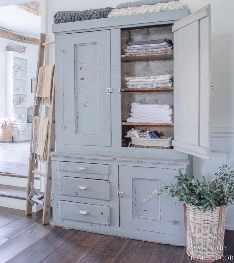Chippy Cabinet-Chalk Paint-Linen Cabinet