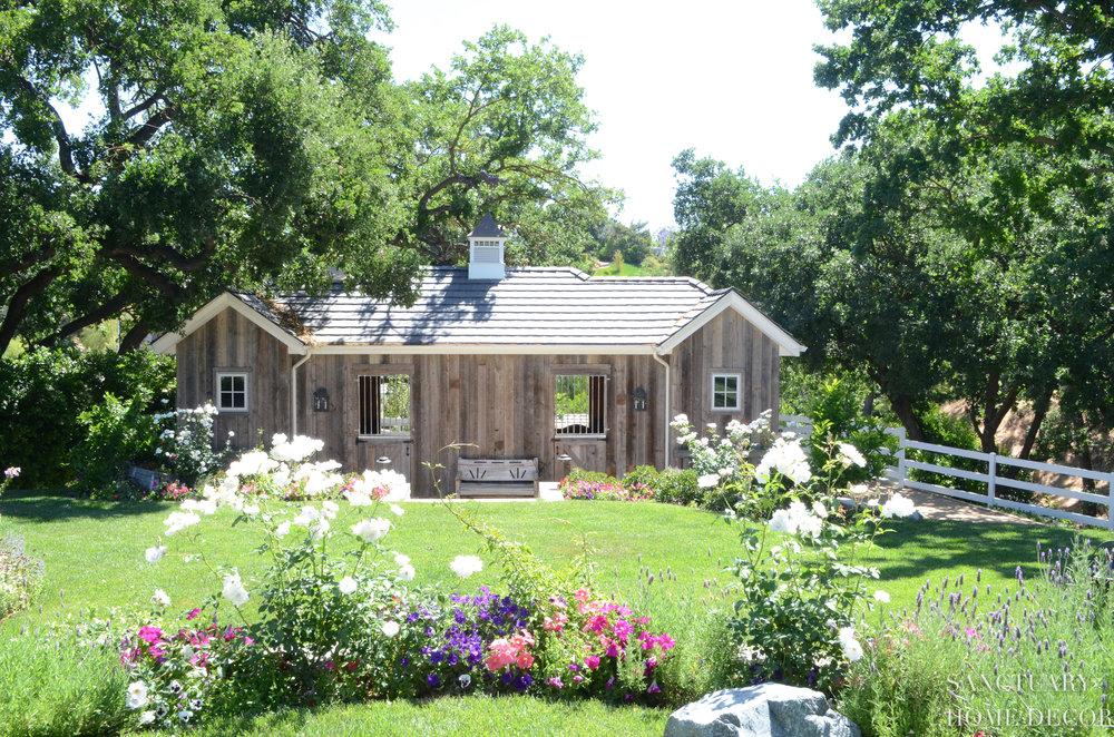 Reclaimed Barn Wood-3.jpg