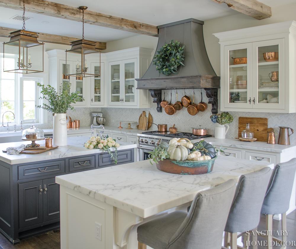 Farmhouse Kitchen with Neutral Fall Decor