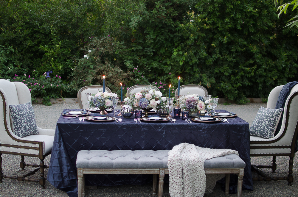 Vintage-Romantic-Holiday-Tablescape