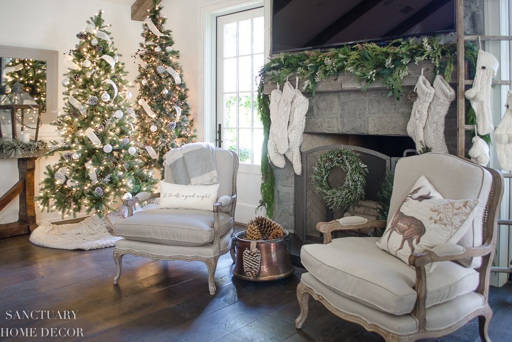 Christmas Decorating with Neutral Colors