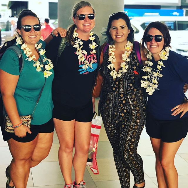 Yesssss! Made it to Bali and were greeted with fresh kalong bungas! Looking forward to beautiful beaches with these ladies!