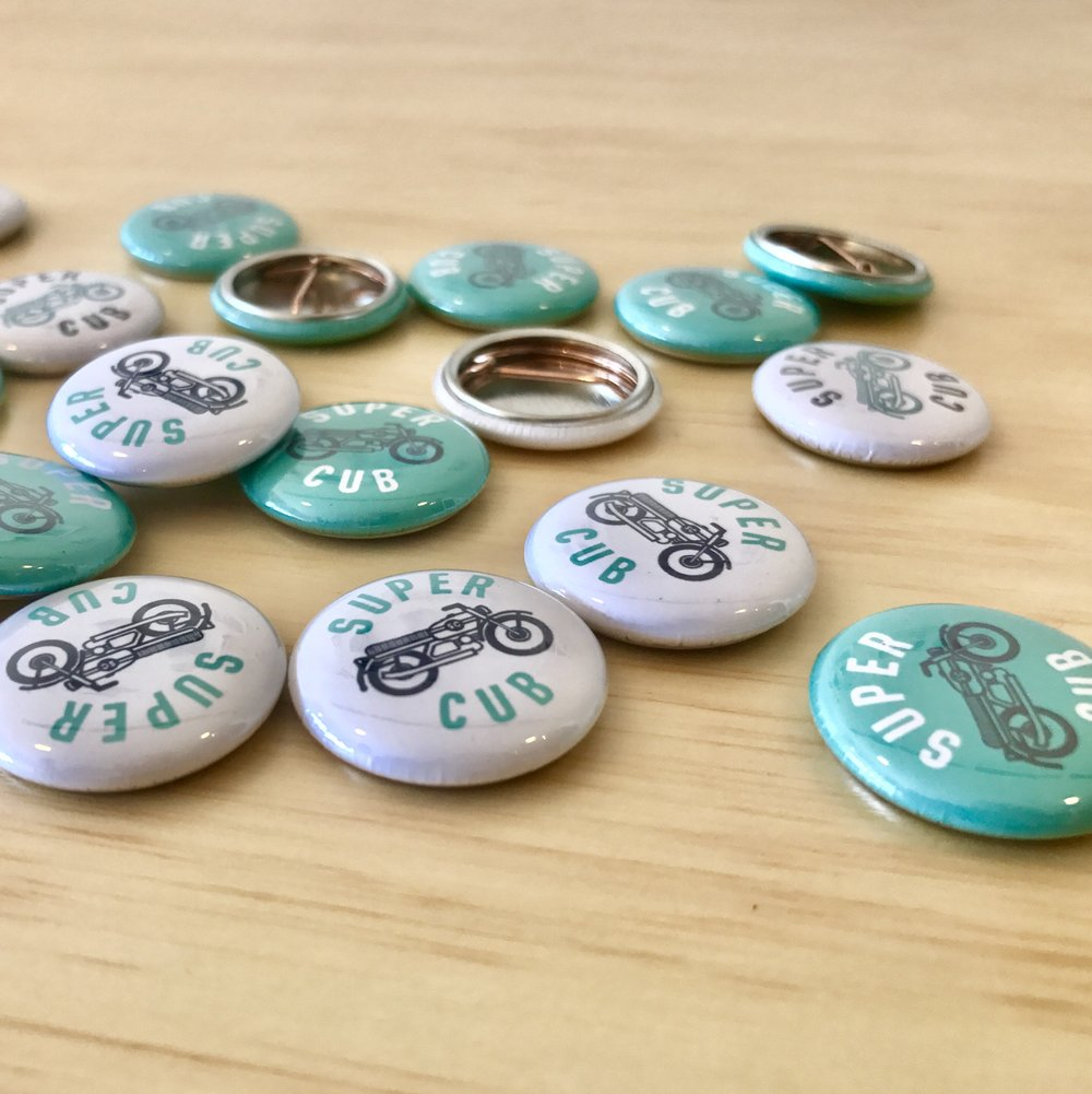 BUTTONS &MAGNETS -