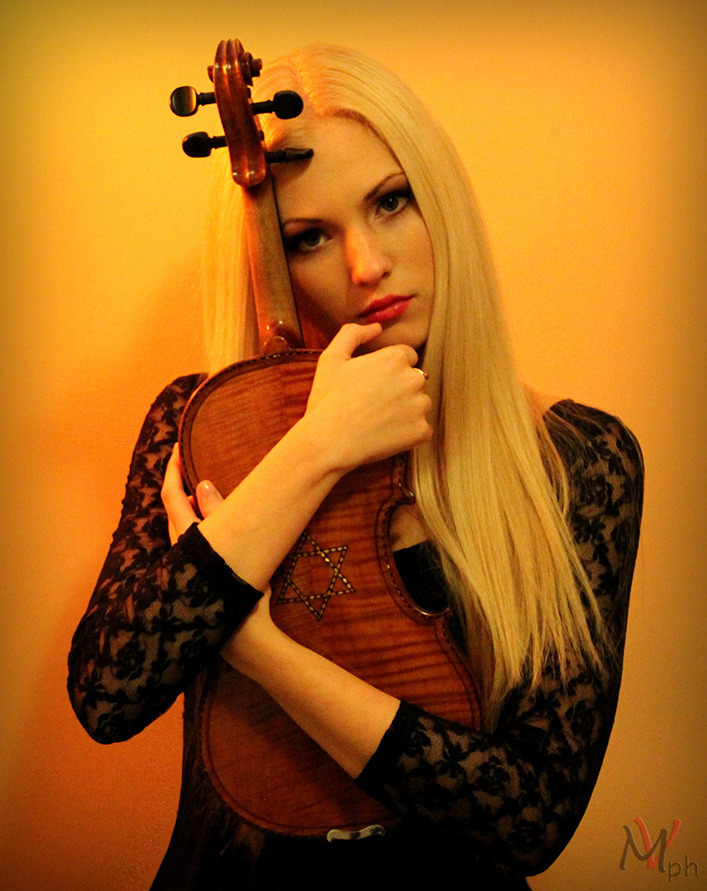 Anastasiya Petryshak_8.jpg