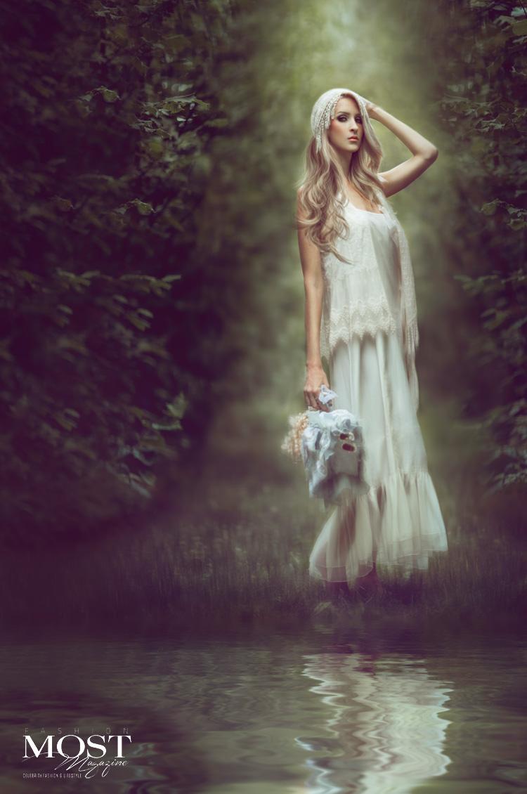 Nikki-Harrison_Lost-in-Childhood_3.jpg