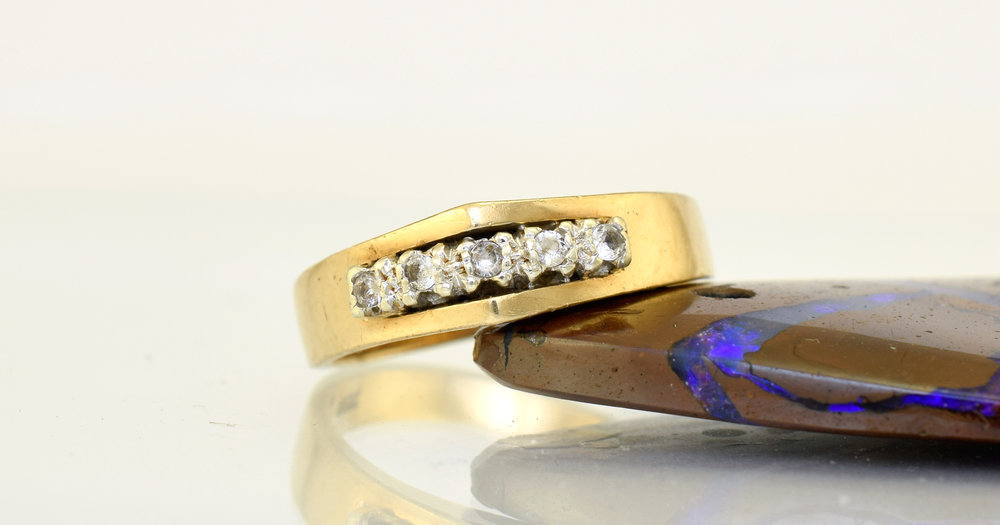 The late grandmother`s ring
