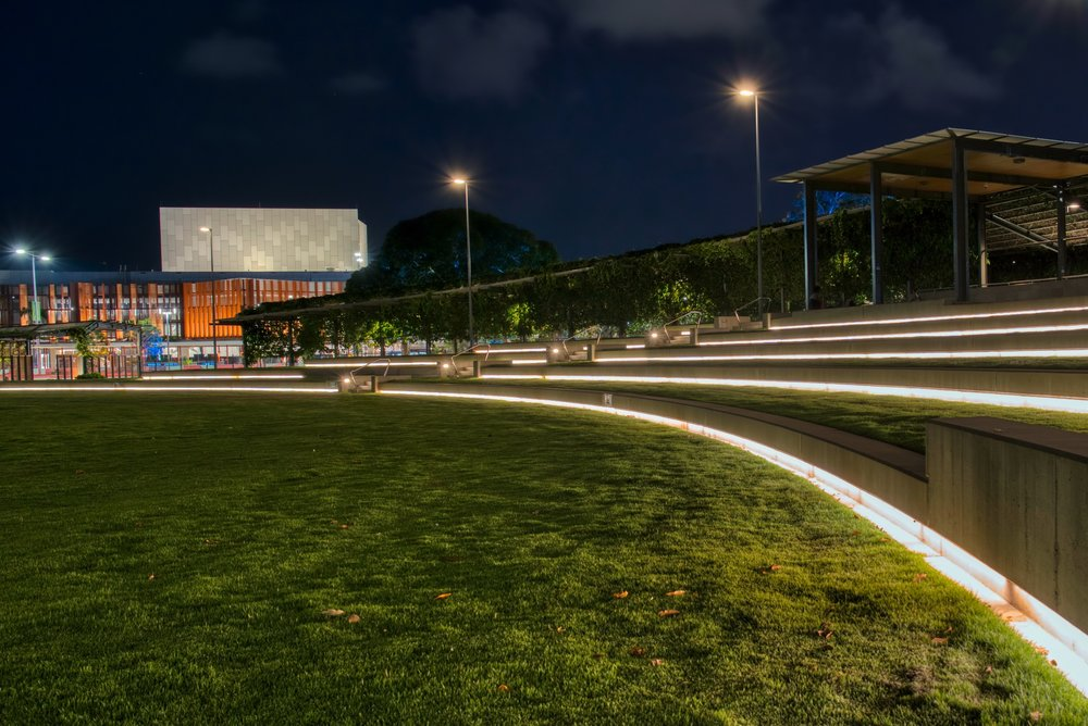 At the end of the seating area you can see the Cairns Performing Arts Centre across the road.