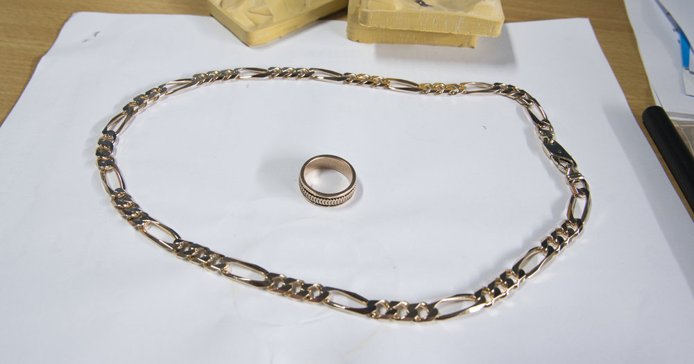 3 + 1 bevelled diamond cut figaro in 9ct yellow gold - 60 grams