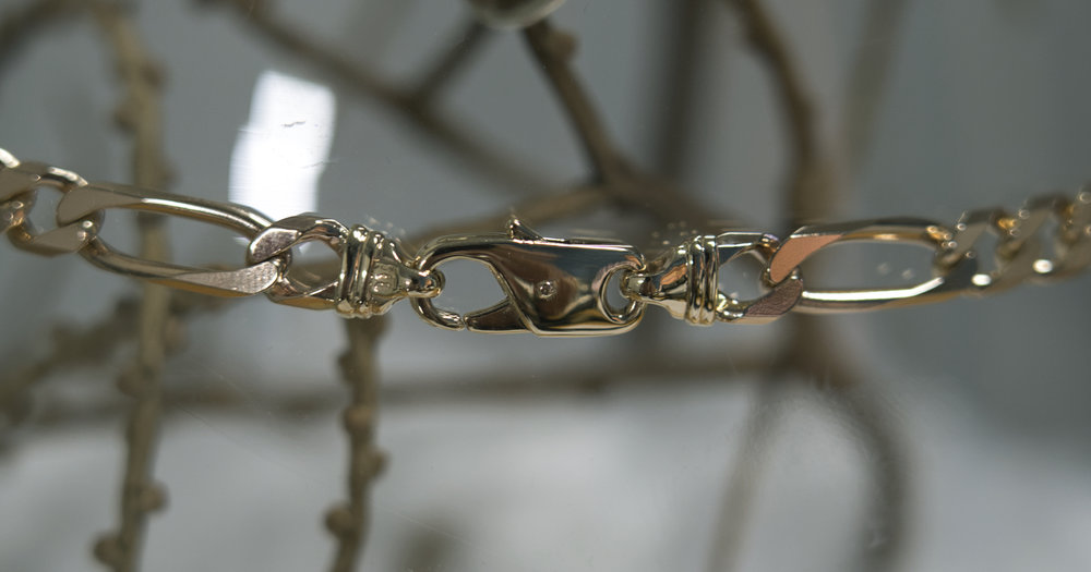 The repaired chain.