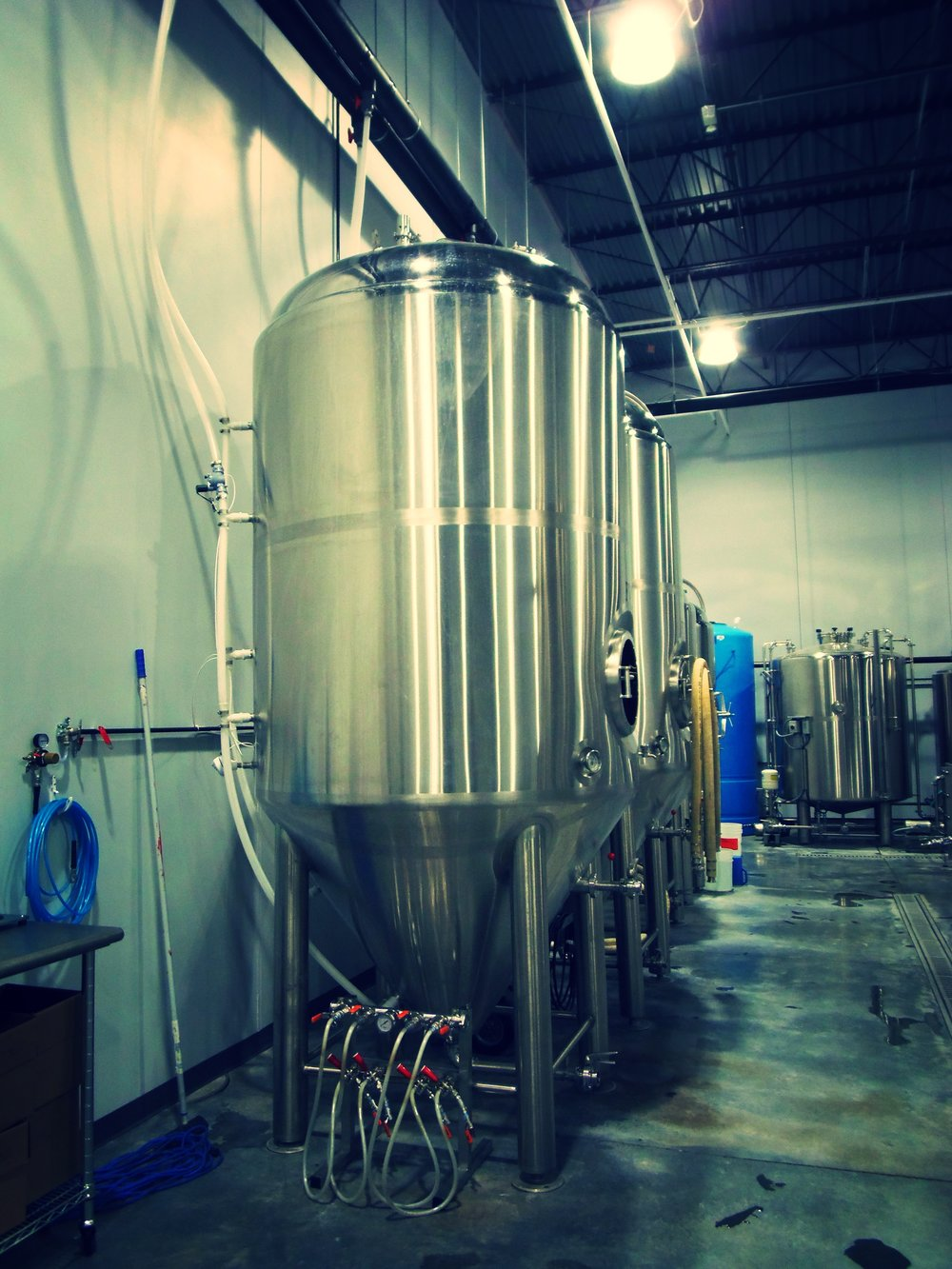 What an immaculate space for brewing beer! Great layout with room to expand.