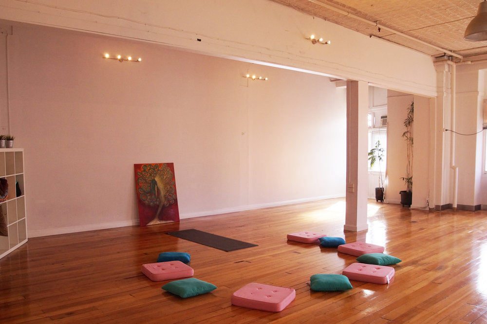 FEEL HELD & GUIDED IN OUR SUPPORTIVE COMMUNITY & STUNNING STUDIO