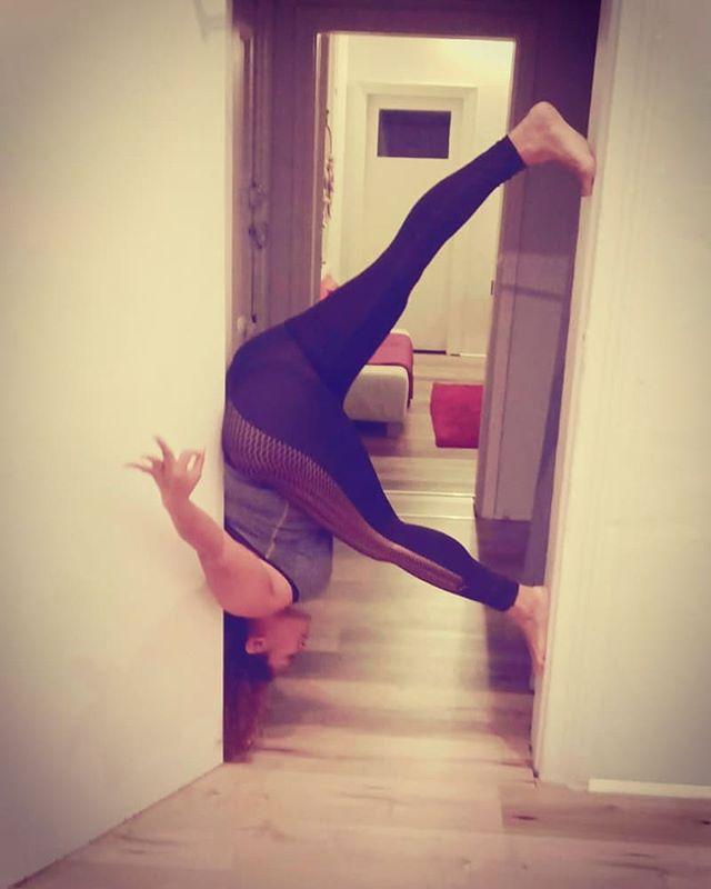 Be brave enough to walk through any door ❤  #inversion #floating #yogaeverydamday #yogacure #yogatribe #yogapants #yogalife #yogaposes #yogagirl #yogalove #cogastudio #cogajourney #upsidedown #brave #doors #wellness #love #leanin