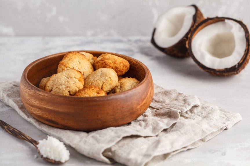 Coconut Snack Taste-Off - Laughing Giraffe Organics' Lemon Snakaroons were just mentioned in the The Mercury News and East Bay Times as part of a taste-off between different coconut snacks! See what they had to say: