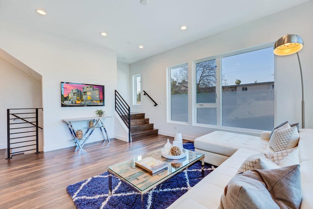 Los_Angeles_Real_Estate_013.jpg