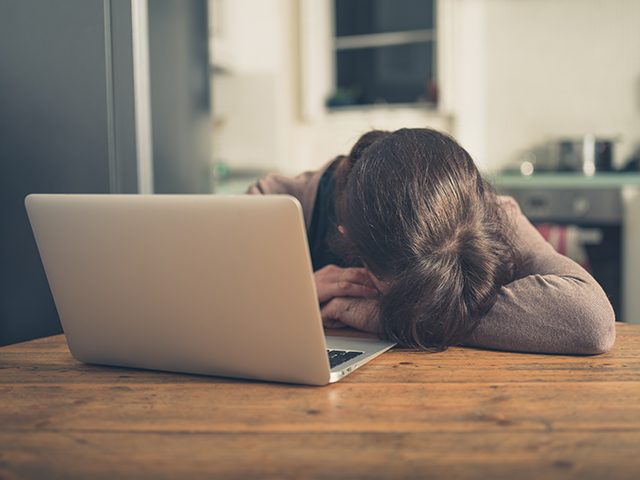 Upset woman with laptop by Lolostock/Shutterstock.com | License - Shutterstock.com