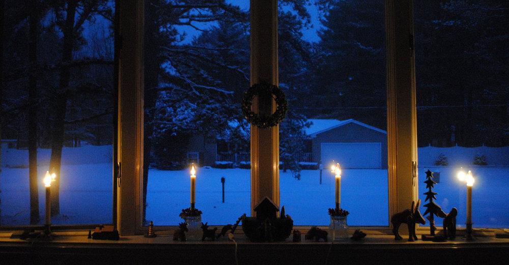 Christmas-eve-candles-window.jpg