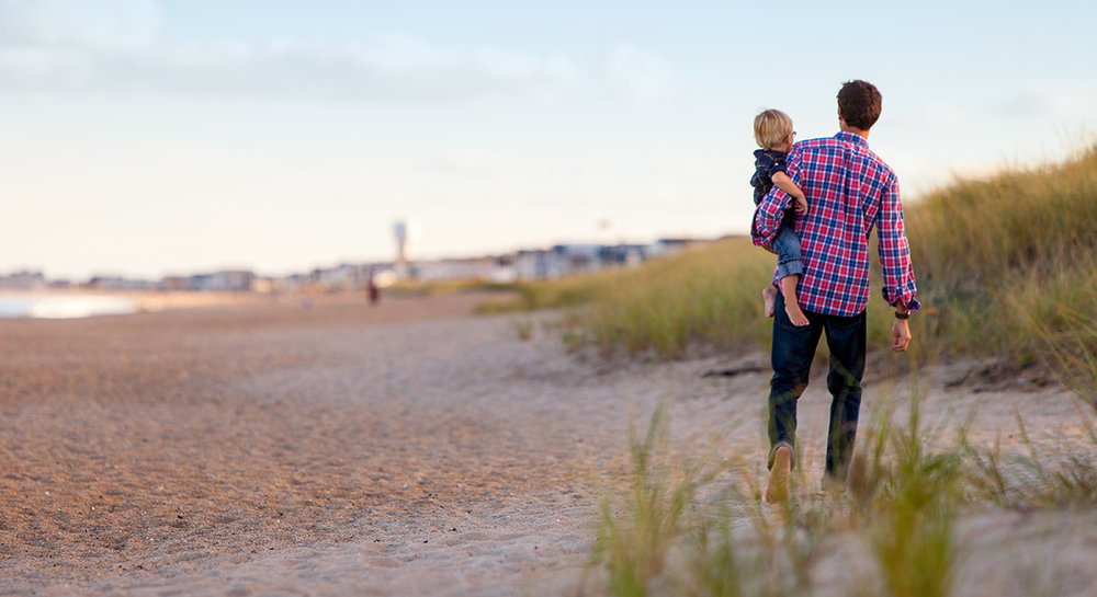 father-child-on-beach-1200x654.jpg