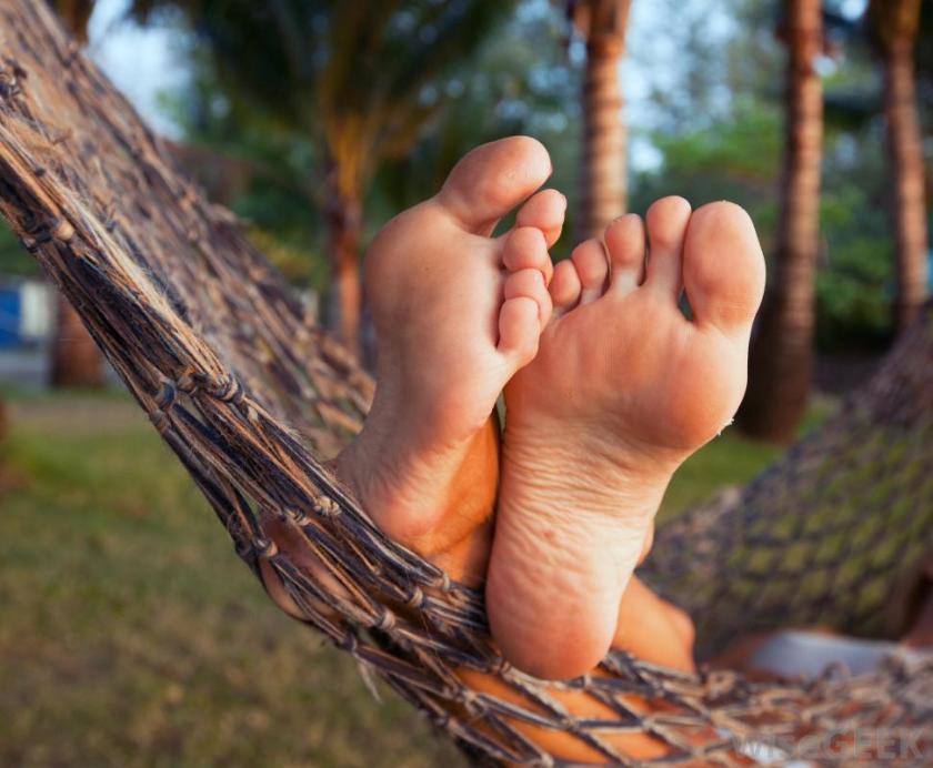 feet-elevated-in-hammock.jpg